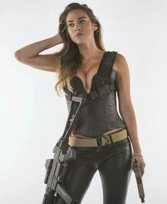 Here you find very hot and dangerous Women & Guns, Military Girls, IDF Roses. Army Pics, Military Girl, Cute Kitten Gif, Military Photos, Girls Selfies, Dangerous Woman, Girl Photos, Bikini Girls, Female