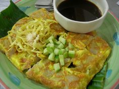 Pempek which is fried with egg. Called Lenggang in Indonesia.