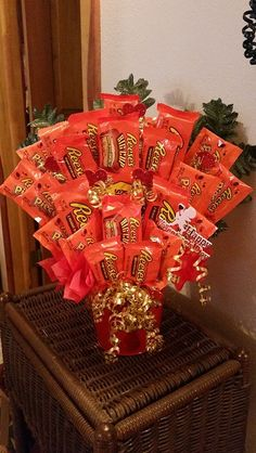 Items similar to Reese's Peanut Butter Cups Valentine Candy Bouquet Chocolate Peanut Butter Lover's Dream Valentine's Candy Arrangement Bouquet on Etsy – makingtrends Reese's Chocolate, Valentine Chocolate, Chocolate Bouquet, Christmas Chocolate, Candy Gift Baskets, Valentine's Day Gift Baskets, Candy Gifts, Raffle Baskets, Money Bouquet
