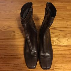 Gently used once Bandolino brown leather boots Gently used once Bandolino brown leather boots. Bandolino Shoes Heeled Boots