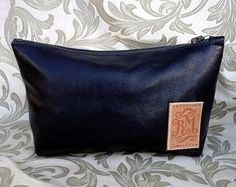 Small make up bag/ purse - Etsy #leather #cosmeticbags #purse