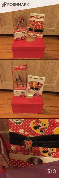 Final mark down 🌹 2 items off Walt Disney with Minnie Mouse 2- charm pens . And 3 pack notebooks with necklace NWT . Never been used or opened. Disney Other