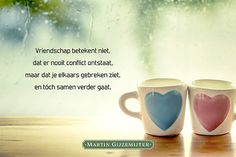 Gedicht Vriendschap bestaat - Dichtgedachten #1021 - Martin Gijzemijter Just Friends, Best Friend Quotes, Good Morning Images, Friendship Quotes, Quote Of The Day, Qoutes, Thats Not My, Poems, Thankful