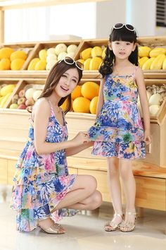Source fashion family clothes direct from China. Mother Daughter Matching Outfits, Mother Daughter Fashion, Mommy And Me Outfits, Mom Daughter, Little Girl Outfits, Family Outfits, Kids Dress Wear, Mom Dress, Baby Girl Dresses