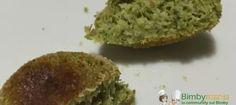 Crocchette di broccoli Bimby al forno, un buon secondo a basedi broccoli per far mangiare le verdure anche i bambini! Ingredienti: 500 gr di broccoli...