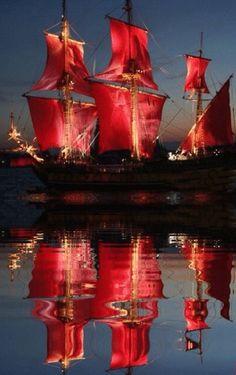 i adore colored sails. just adore them.
