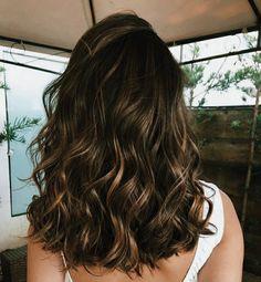 Brown Hair Balayage, Brown Blonde Hair, Balayage Brunette, Hair Color Balayage, Hair Highlights, Brunette Hair Colors, Medium Dark Brown Hair, Light Brown Highlights, Color Highlights