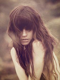 Hair Style, fringe, messy , messy hair, wavy hair, cabelo, estilo, penteado, bagunçado, ondulado, franja