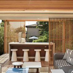 Gartenmöbel und Pergola Design von Exteta für die perfekte Lounge