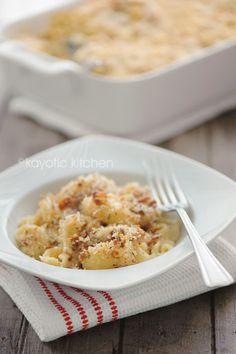 Best Mac & Cheese. Ever! With shallots, Gruyère cheese, and a bacon-bread crumb topping!