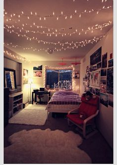 So many Christmas lights