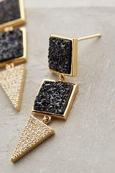 black druzy drop earrings http://rstyle.me/n/vrjripdpe