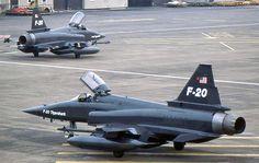 F-20 Tigershark taxi.
