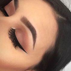 Imagen de makeup, eyebrows, and eyeliner