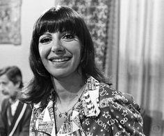Marilia Pera in the soap opera Uma Rosa com Amor, 1972