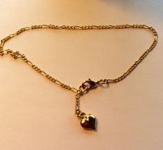 Vintage gold coloured chain link bracelet with heart charm dangle girlfriend gift bracelet by AliceAndBettyDesigns on Etsy