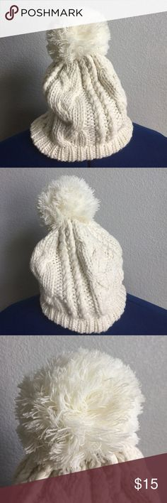 White Pom Pom Ball Beanie Hat Urban Knit Cream White Pom Pom Ball Beanie Hat Urban Knit Cream by Gypsy Junkies | Condition: Pre-owned (Worn, like-new! no major flaws) Gypsy Junkies Accessories Hats
