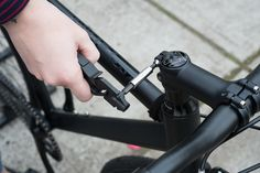 MODUAL Tool System - an innovative 14 function bicycle multi-tool
