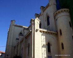 """#Granada - Las Gabias - Iglesia de la Encarnación - 37º 8' 8"""" -3º 39' 58"""" / 37.135556, -3.666111  Foto de Arturo Gámez Tiene rasgos neogóticos y que se construyó en 1900 sobre las ruinas de un templo anterior, derruido por un terremoto en 1804."""