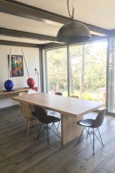 Chêne massif français Table Design, Furniture, Home Decor, Solid Wood, Decoration Home, Room Decor, Home Furnishings, Home Interior Design, Home Decoration