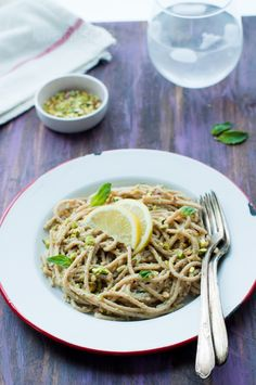 Pistachio Pasta?  I'll try it! -- Easy and delicious #vegan Pistachio Pasta!