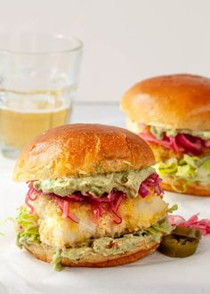 Gluten Free Sandwiches, Delicious Sandwiches, Wrap Sandwiches, Sandwich Recipes, Wine Recipes, Seafood Recipes, Cooking Recipes, Oven Baked Fish, Fish Sandwich