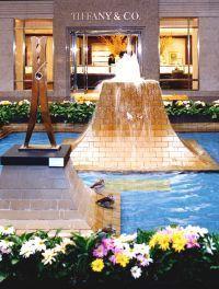 Dallas Shopping.  NorthPark Center, Dallas Galleria, Allen Premium Outlets, Highland Park Village.  Dallas, Texas.  Discover Dallas Tours.