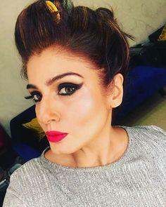 Hanuman Hd Wallpaper, Adriana Lima Victoria Secret, Makeup For Beginners, Indian Celebrities, Deepika Padukone, Pink Lips, Vintage Movies, Bollywood Actress, Rave