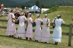 ~Amish. Grace. I've never seen Amish women in white before.~c~ (looks like more mennonites...)