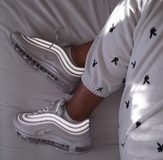 shoes nike air max 97 Nike Air Max 97 in white // Photo: hannah. Nike Air Max, Cute Shoes, Me Too Shoes, Shoes Uk, Shoes Heels, Fall Shoes, Winter Shoes, Trendy Shoes, Converse Shoes