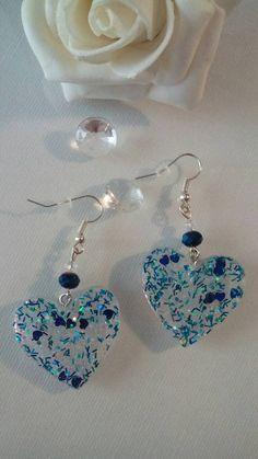 Diy Resin Earrings, Resin Jewelry Making, Jewelry Making Tutorials, Diy Resin Projects, Diy Resin Art, Diy Resin Crafts, Cute Jewelry, Jewelry Crafts, Homemade Jewelry