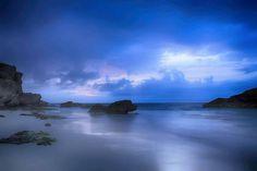 Dawn at Horseshoe Bay. :@pinotnoirczar #Bermuda #Wearebermuda by wearebda