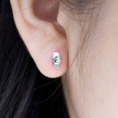 Kristy Lin - Ear earrings