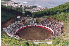 Bull arena, Bullring, Monte da Ajuda, Vulcano, Graciosa, Azores, Portugal   Praça de touros dentro da cratera do vulcão do Monte da Ajuda - Santa Cruz da Graciosa, Santa Cruz da Graciosa