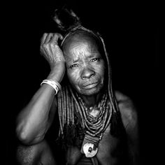 The genius of Eric Lafforgue - Old Himba woman - Angola
