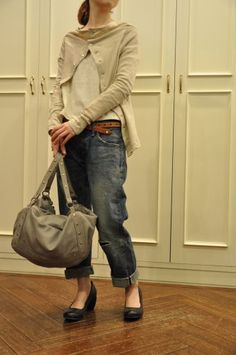 Relaxed Jeans Mashed with Relaxed, Natural Fiber Sweaters, & fab bag