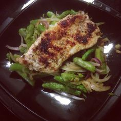 HCG Phase 2 recipe: 100 grams of chicken breast seasoned with salt & 21 seasonings from Trader Joe's. Boiled asparagus then grilled & sautéed with onions & garlic. #HCG