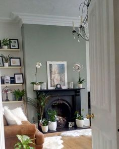 Farrow and Ball Pigeon from The Most Gorgeous Rooms From Farrow And Ball - Farrow and Ball Pigeon from The Most Gorgeous Rooms From Farrow And Ball on Modern Country Style Living Room Green, Living Room Paint, Home Living Room, Living Room Designs, Living Room Decor, Country Cottage Living Room, Front Room Decor, Front Rooms, Dining Room