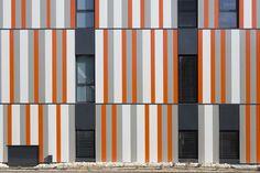 high school in bagnols-sur-cèze/nbj architectes via: alexandermetveyev