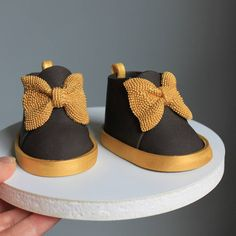 These black and gold cuties are getting ready for a trip to California. Fondant Baby Shoes, Brownie Cake, Cake Toppers, My Etsy Shop, Characters, California, Sugar, Cute, Gold