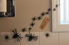 Harry Potter party, bathroom decorations. Moaning Myrtle , snakes, follow the spiders