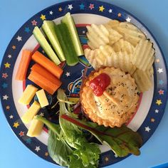 Easy Toddler Food: Derby Day calls for a Footy Pie. Easy Toddler Meat Pies.