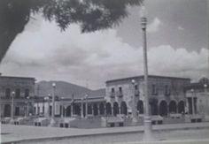Plaza frente al templo Sto. Santiago, Ixtlan del Río