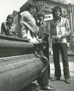 Pink Floyd 1967 London, Piccadilly Circus