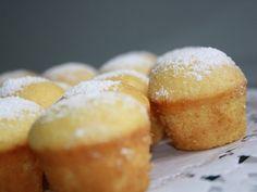 Die schnellsten und besten Muffins überhaupt - können schon Kinder ab 4 Jahren ... ergibt 14 Stück. Über 835 Bewertungen und für super befunden. Mit ► Portionsrechner ► Kochbuch ► Video-Tipps! Nutella Muffins, Cake & Co, Cake Icing, Bakery, Food And Drink, Cooking Recipes, Sweets, Bread, Snacks