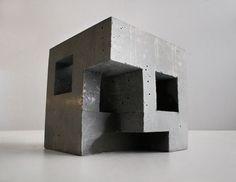 Concrete architectural sculpture