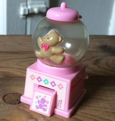 b1ebae2f45a3 VTG SANRIO   TWEEDLE DEE DEE BEAR   RARE MINI BUBBLEGUM MACHINE   KAWAII  CUTE 89