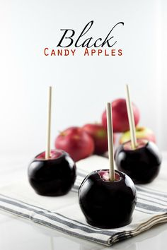 Black Candy Apples | The perfect halloween treat via sweetasacookie.com