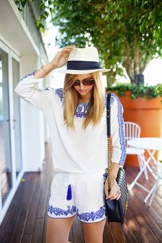 Lovely blue and white outfit with a hat :) | Late Afternoon Blog