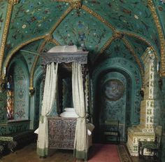 The bedroom of Tzar Alexey I, father of Peter The Great ~  Moscow Kremlin palace, Tzar's Apartments, the 17th century